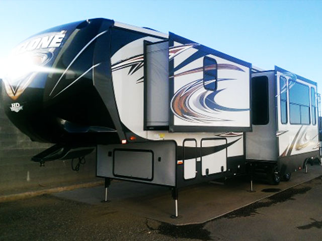 RV With Detailing